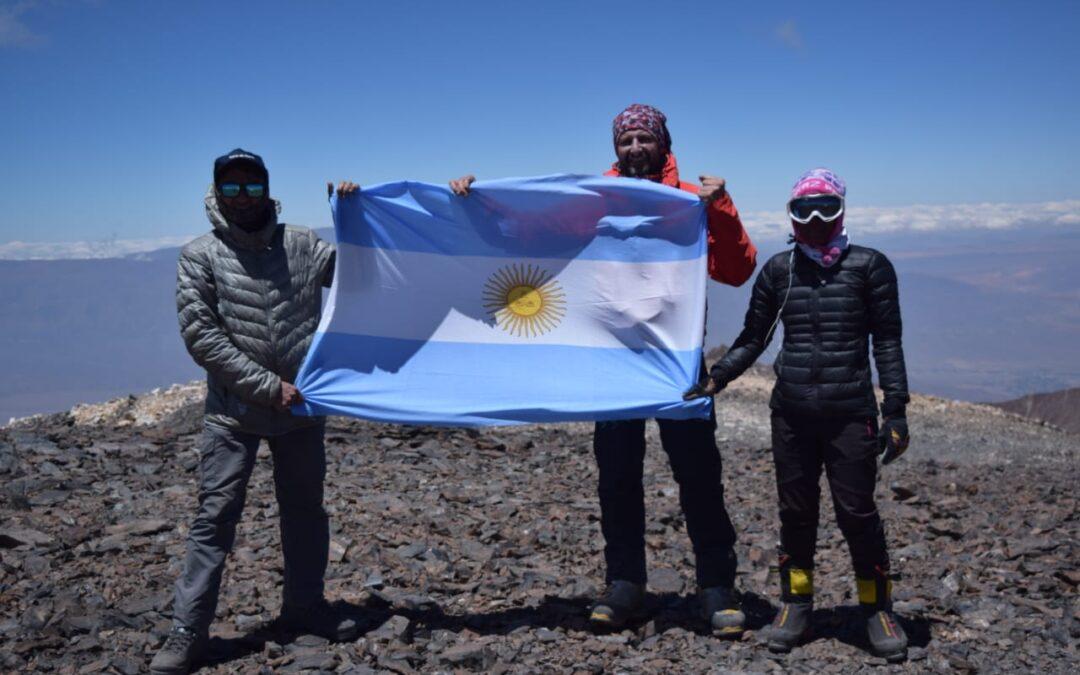 ASCENSO AL NEVADO DE CACHI 6280 – CUMBRE HOYGARD